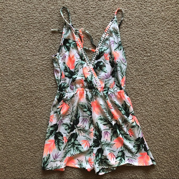 e347f17fe4 New Look Dresses | Asos Palm Print Romper Never Been Worn | Poshmark